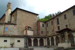 Sargiano: cloître de Saint-François